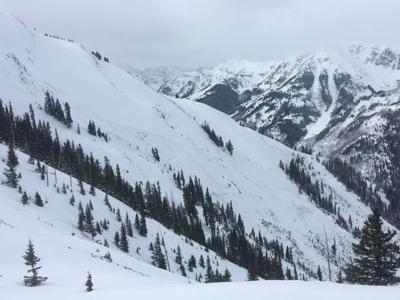 Backcountry skier dies in avalanche in Maroon Bowl outside of Aspen