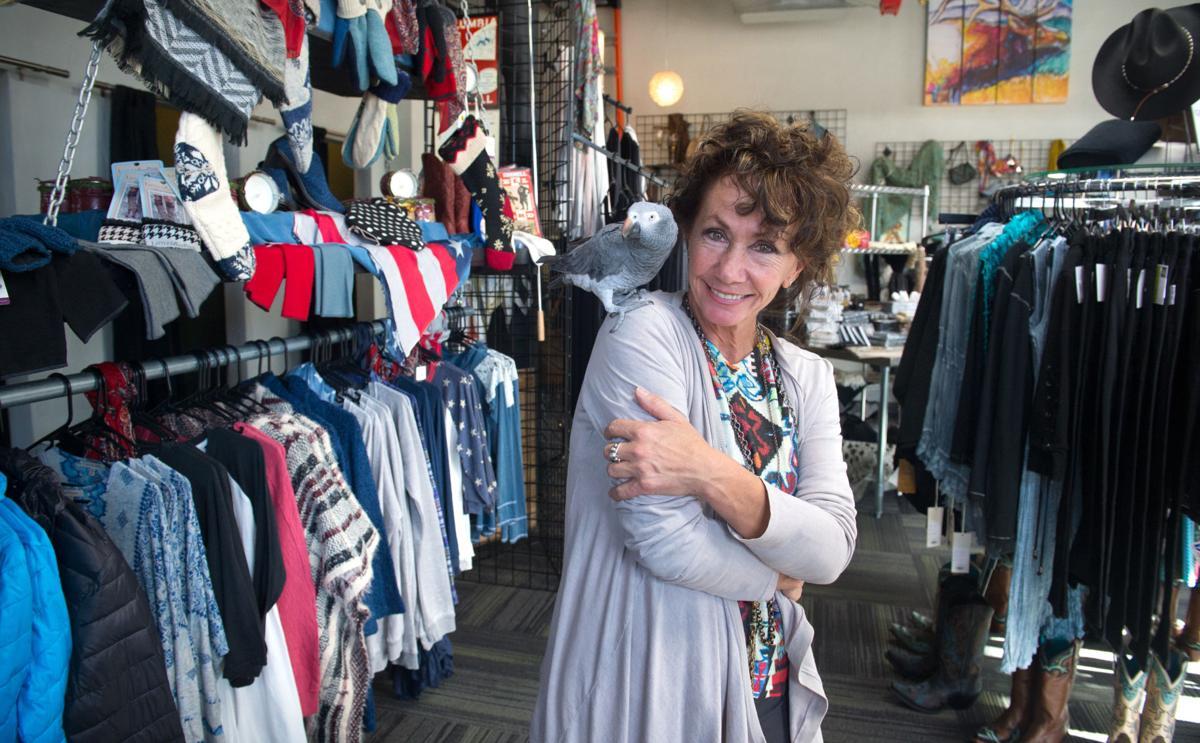 Entrepreneur snips away at women's 'fashion frustrations'
