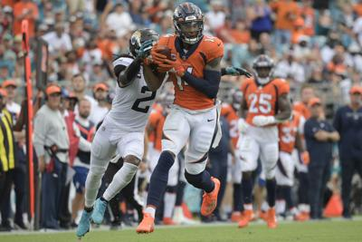 Broncos Jaguars Football Sutton