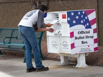 040621-news-voting 2.jpg CSG (copy)