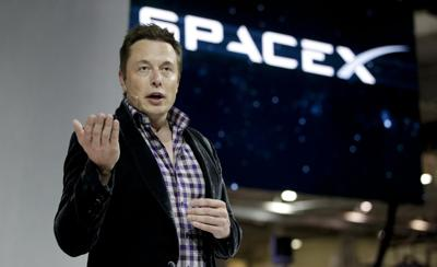 Elon Musk praises CCP while courting business and handling US space flights