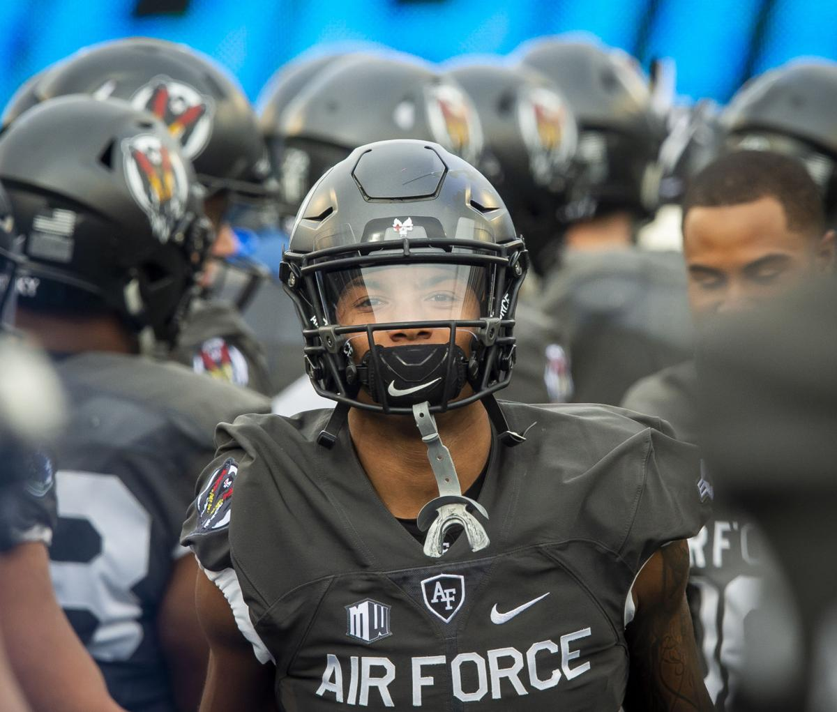 112318-s-airforcefootball-gallery