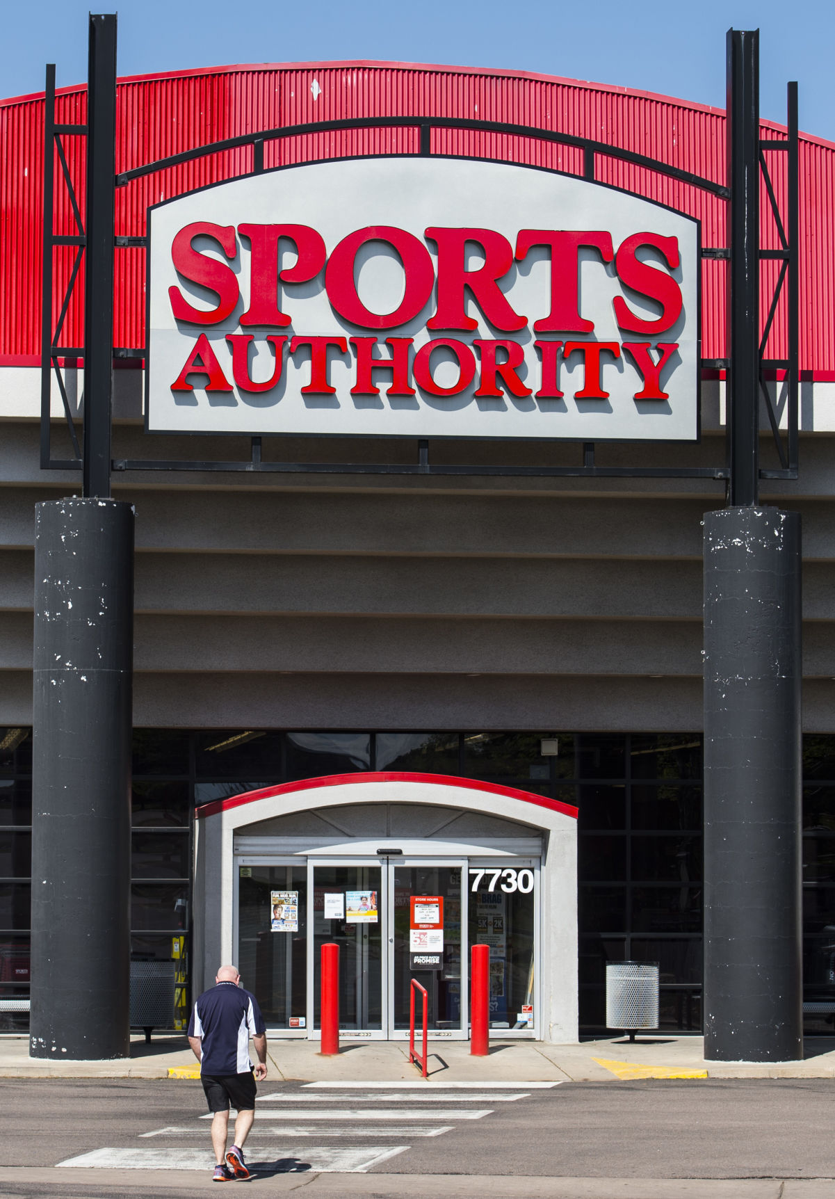Sports Authoritys Going-Out-of-Business Sale Starts This Week