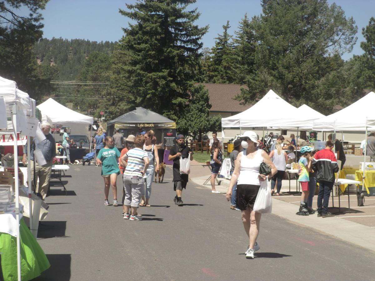 Woodland Park Farmers Market offers up diverse buffet of products