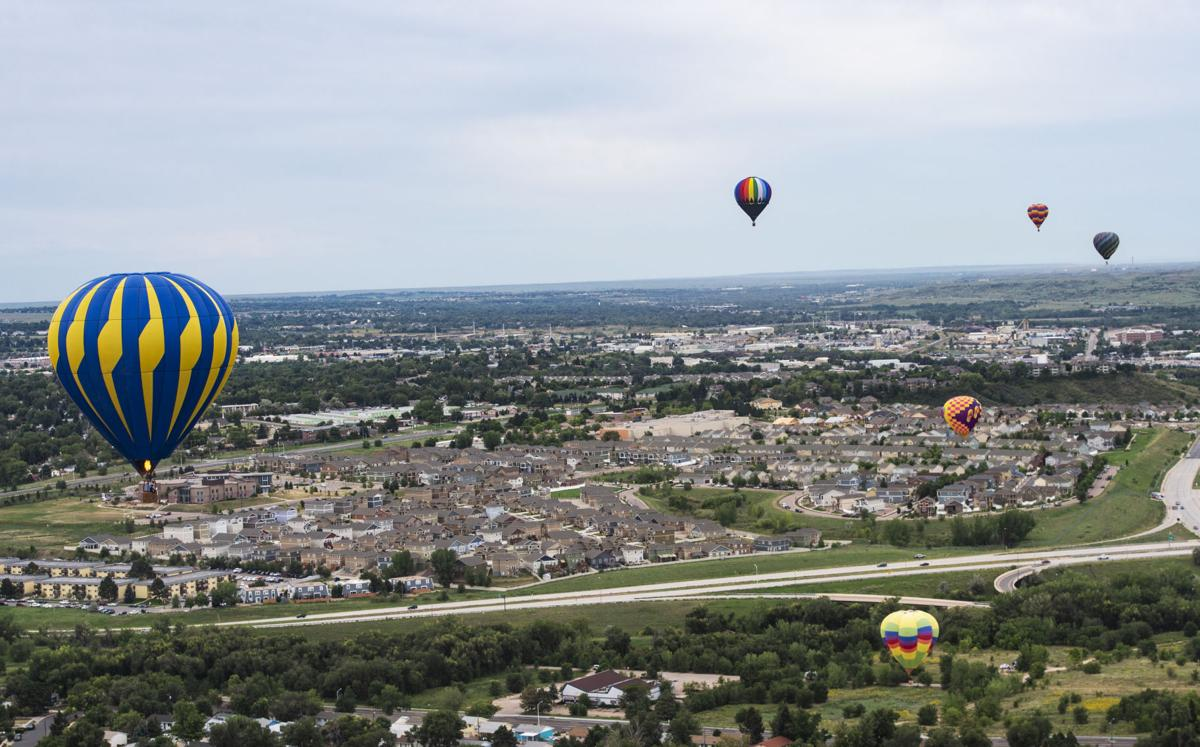 090218-news-balloonliftoff-0390.jpg