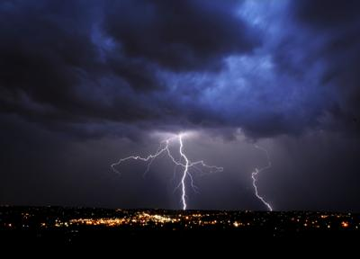 'Dark lightning' gives storms extra punch (copy)