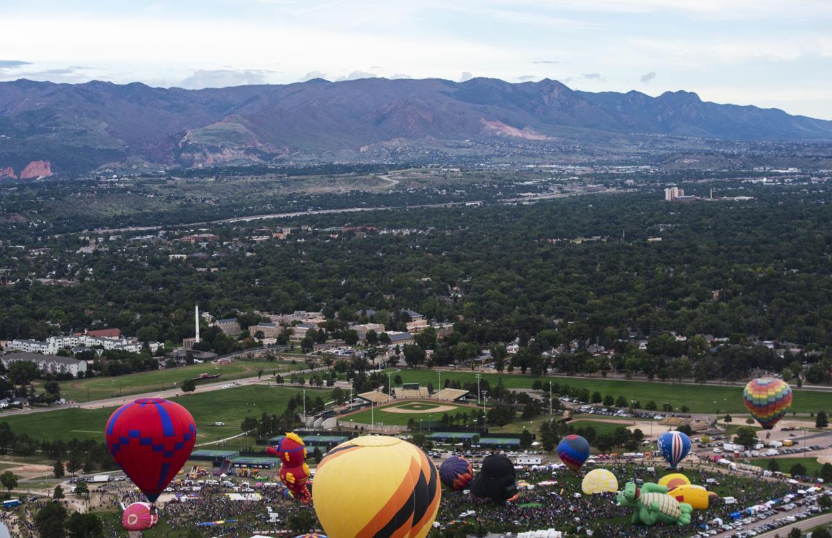 090218-news-balloonliftoff-0398.jpg
