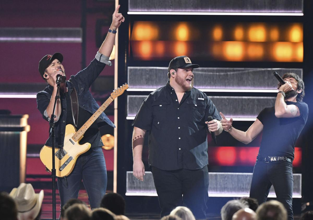 52nd Annual CMA Awards - Show