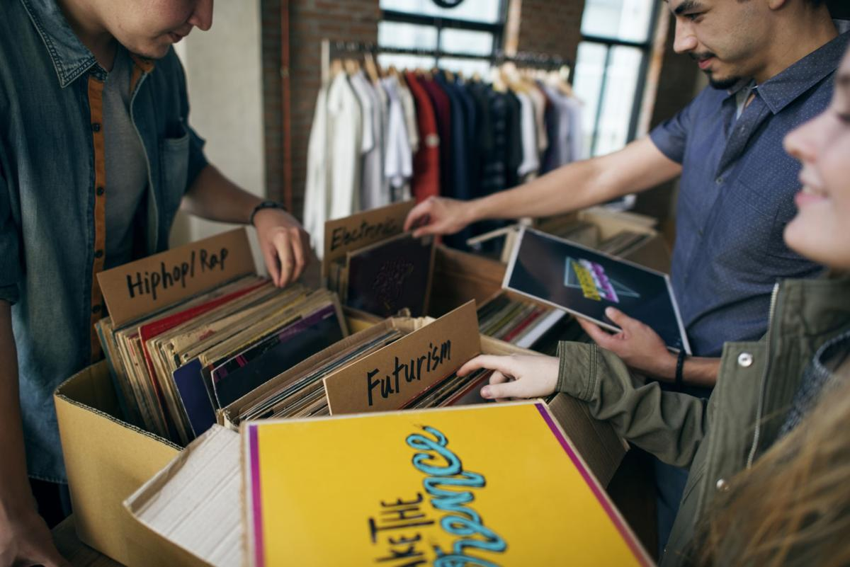 Physical sales of vinyl records continued rebounding