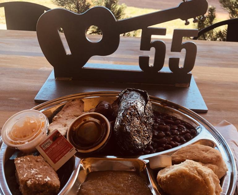 Pikes Pick: Flying W Ranch serving up western food and western songs