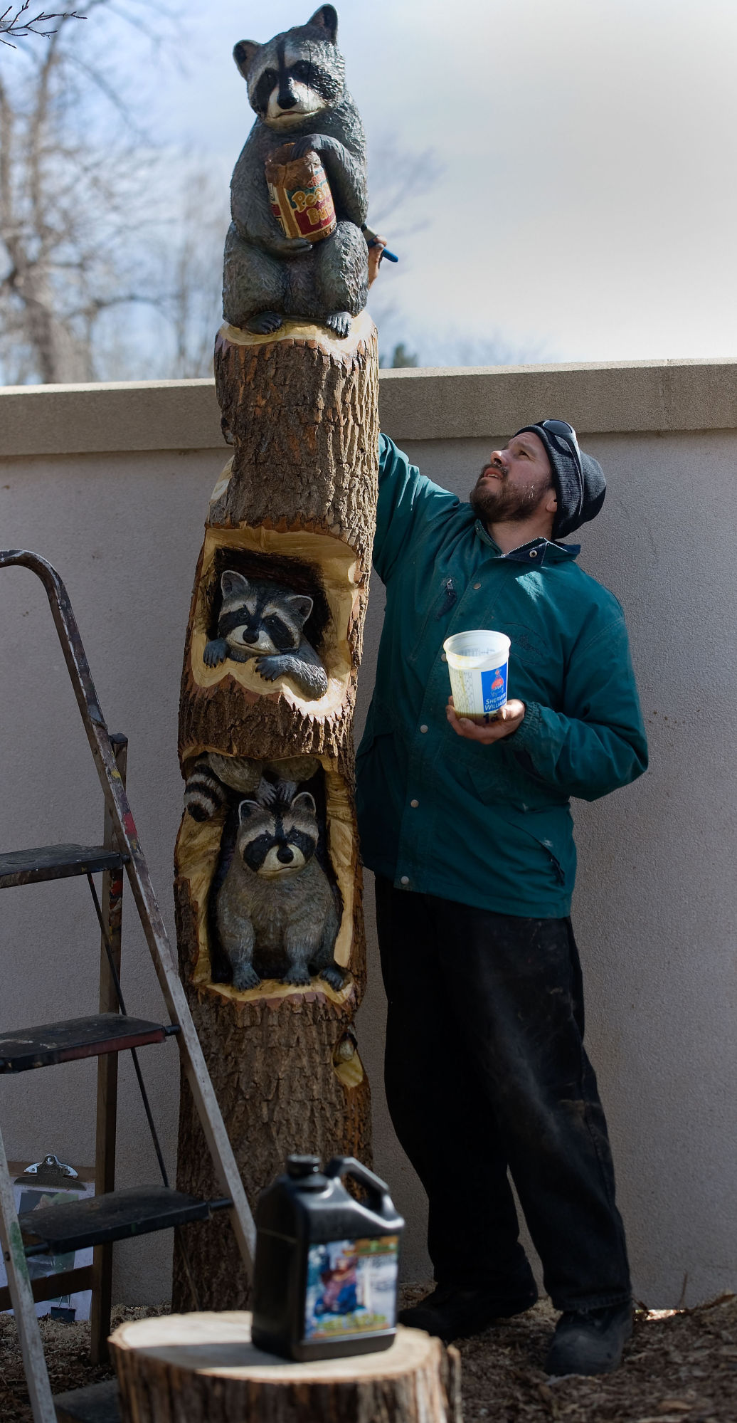 Manitou artist carves tree stumps into story-rich tableaus