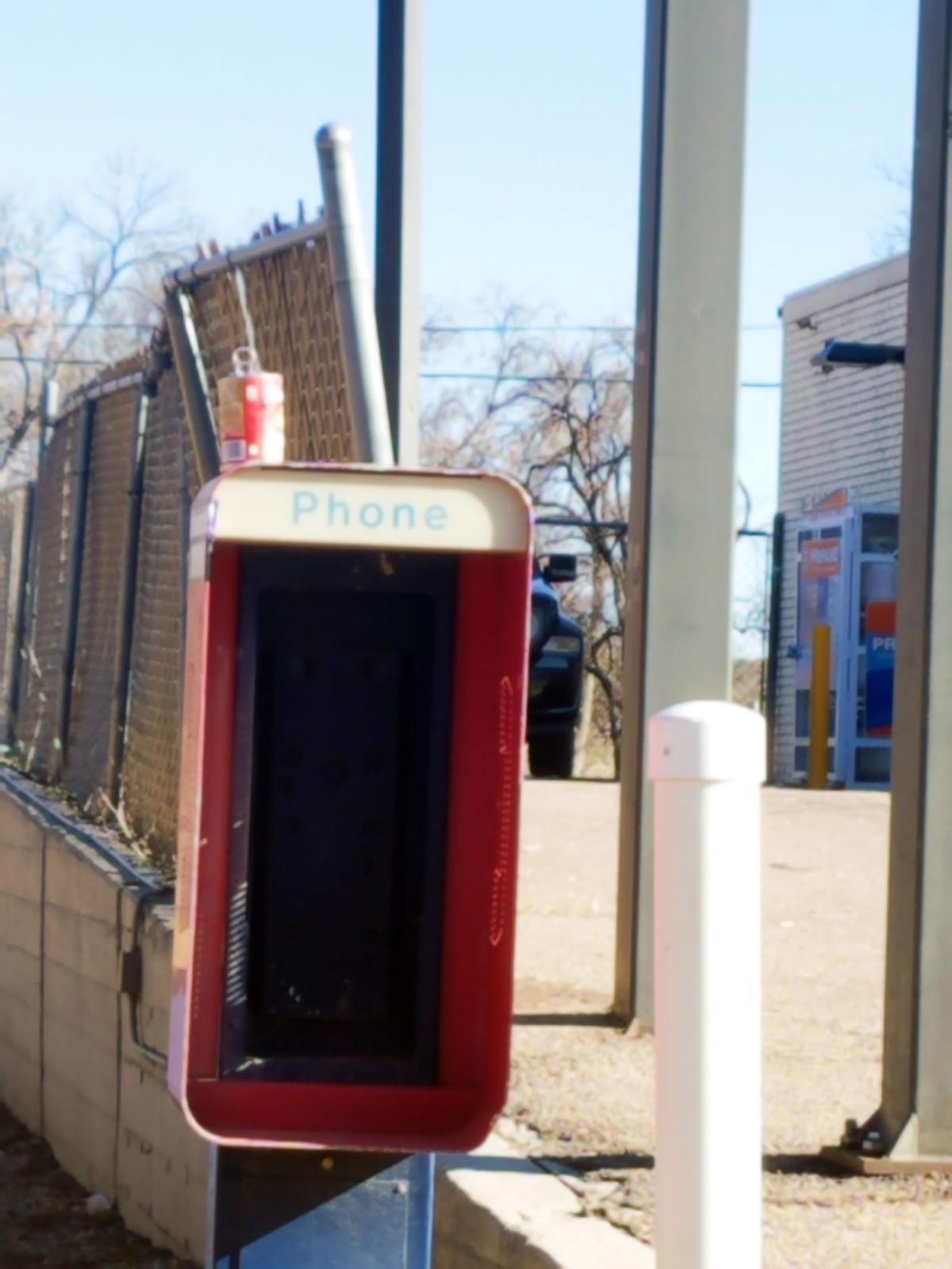 pay phone 1.jpg