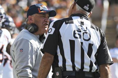 Vic Fangio - Broncos Steelers Football