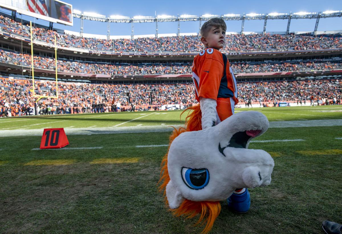 Broncos take down Raiders in 2019 season finale