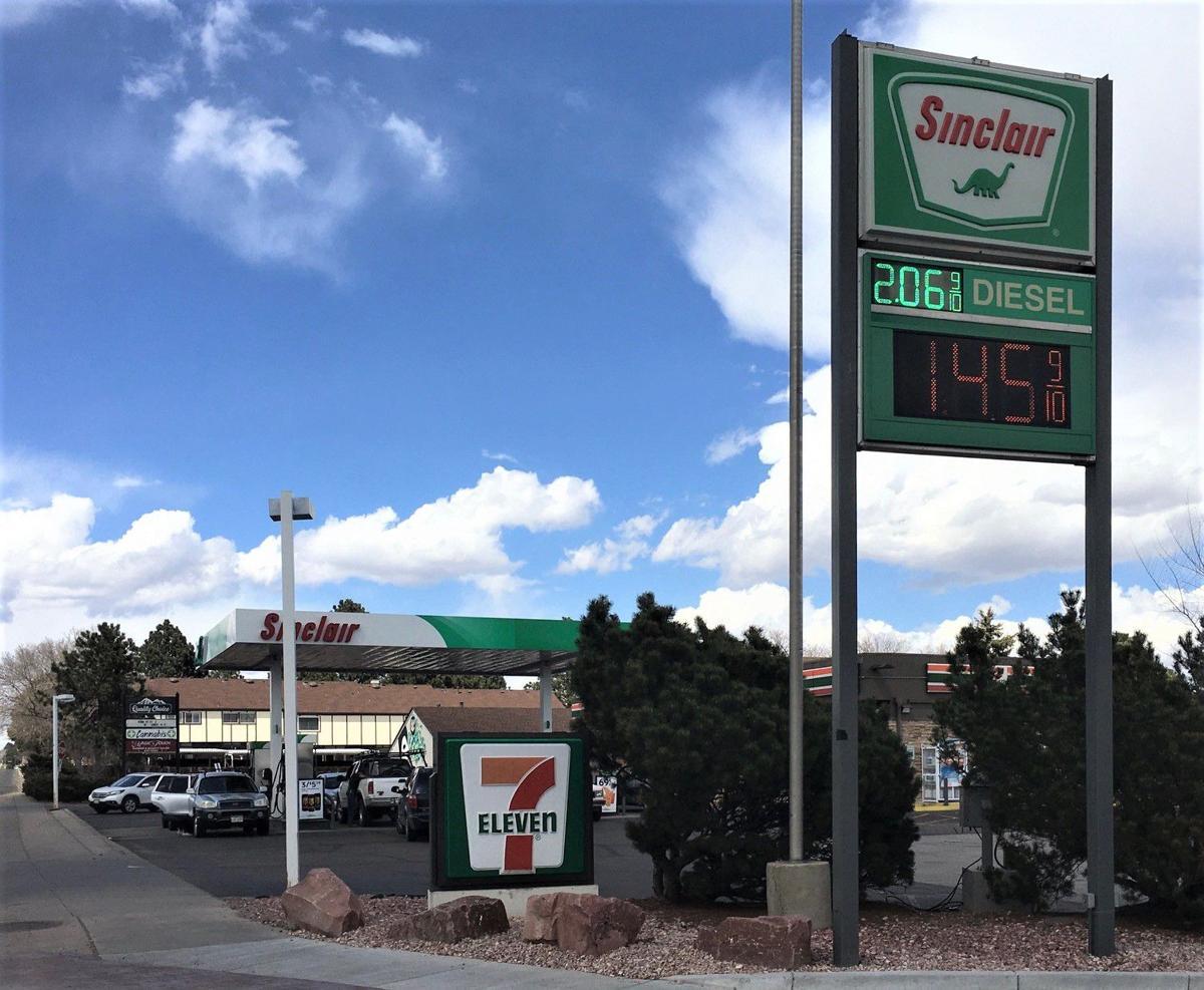 GAS PRICE PHOTO 3