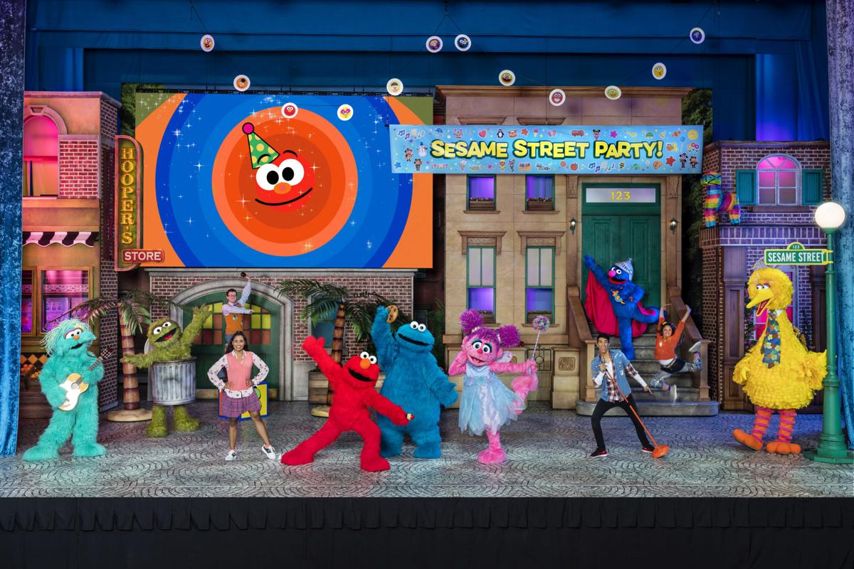 Playing Elmo on 'Sesame Street Live! Let's Party' keeps