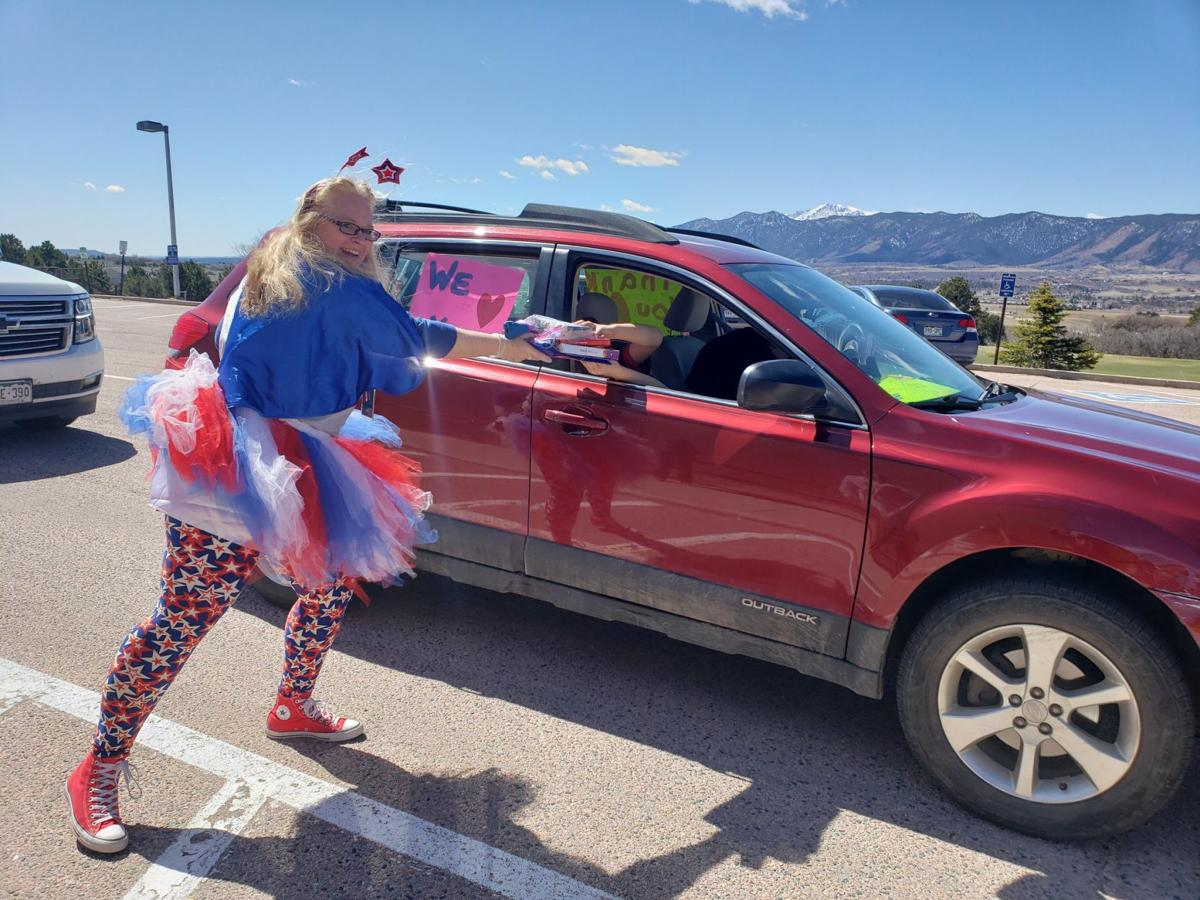 Lewis-Palmer Elementary's got spirit, yes they do