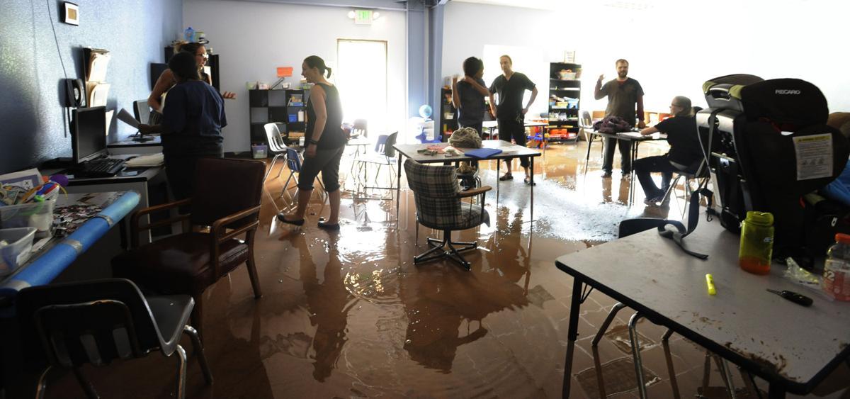 Flooding in Mountain Shadows (Jerilee Bennett/The Gazette)