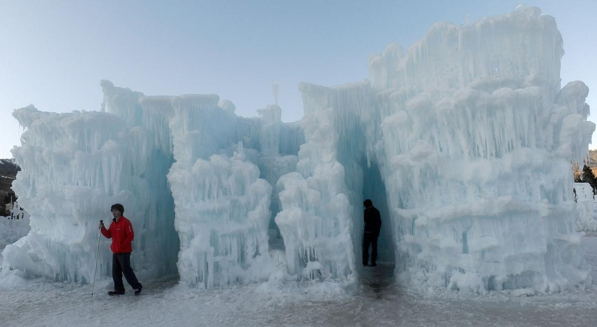 Photo Gallery:  The Ice Castles at Silverthorne