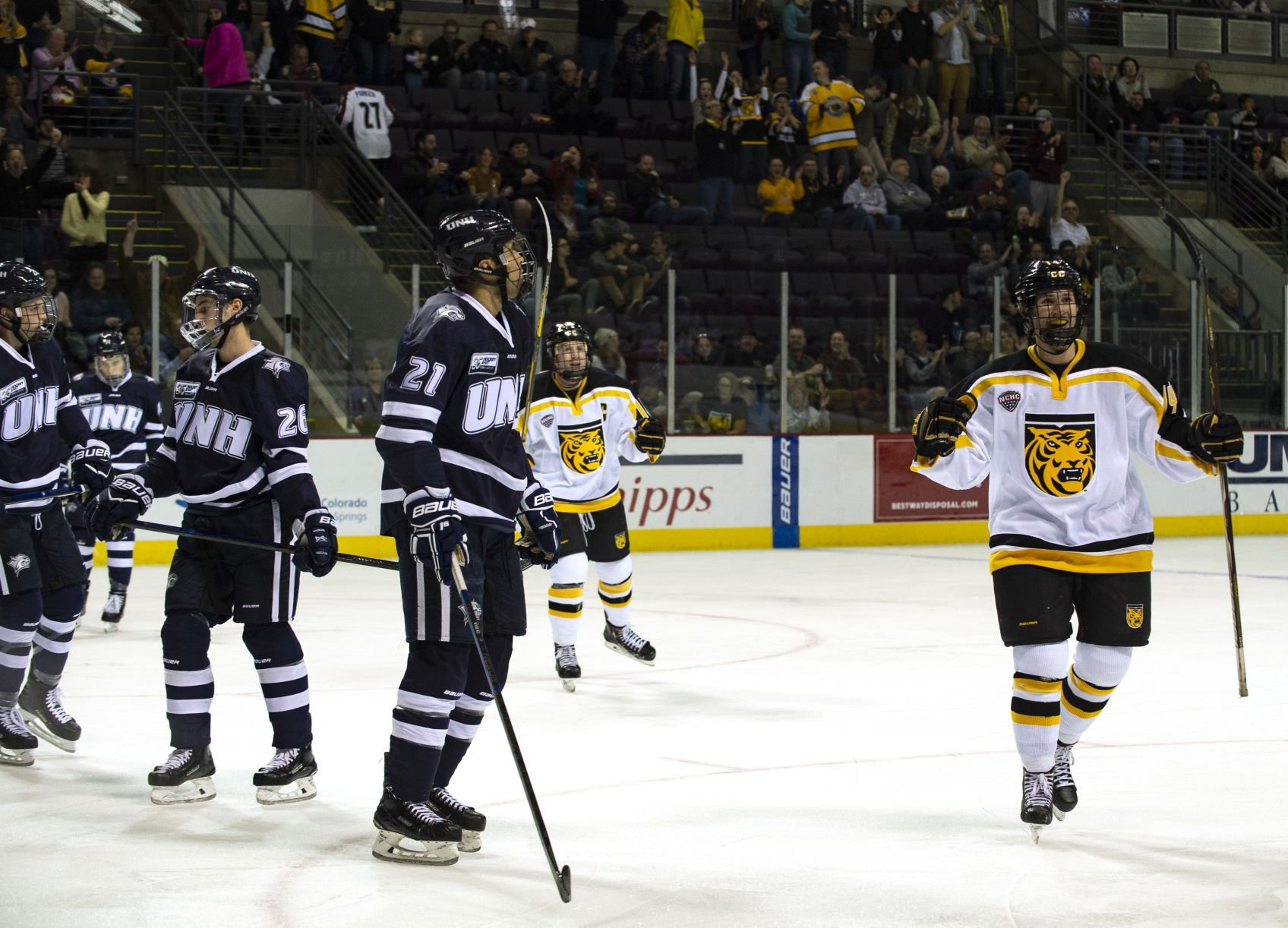 Early Goal Rush Carries Colorado College Tigers Through To Win Over New Hampshire