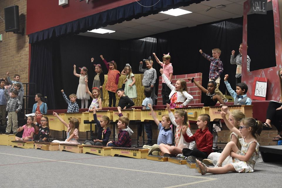 This little piggy went to the opera: D-38 elementary students present musical piggy production