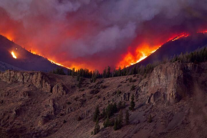 East Troublesome Fire, Photo Credit: Andrew Lussie, Courtesy of InciWeb