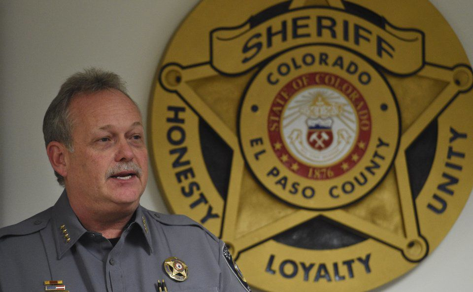 During a promotion ceremony, El Paso County Sheriff Bill Elder speaks to his staff at the headquarters on Thursday, January 1, 2015. (The Gazette/Jerilee Bennett)