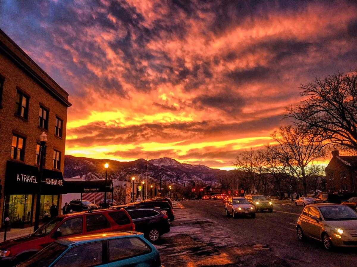 Forecasters call for lovely, warm weather in Colorado Springs this weekend