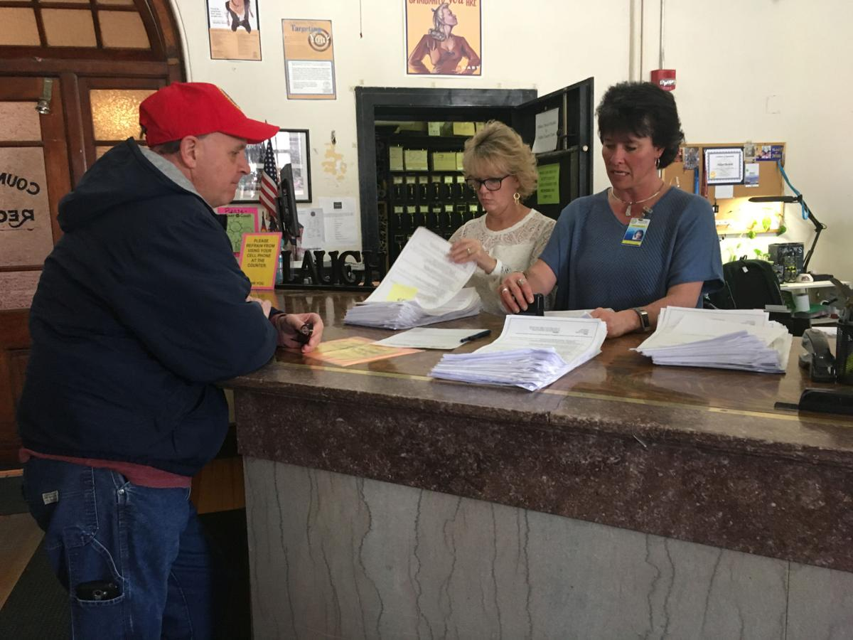 Cripple Creek-Victor RE-1 recall petitions
