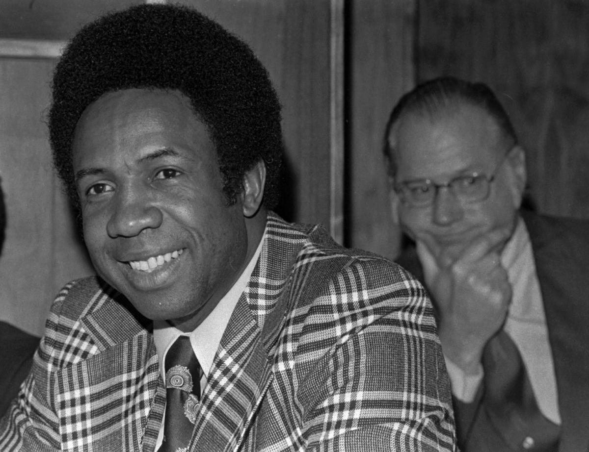 Obit Frank Robinson Baseball