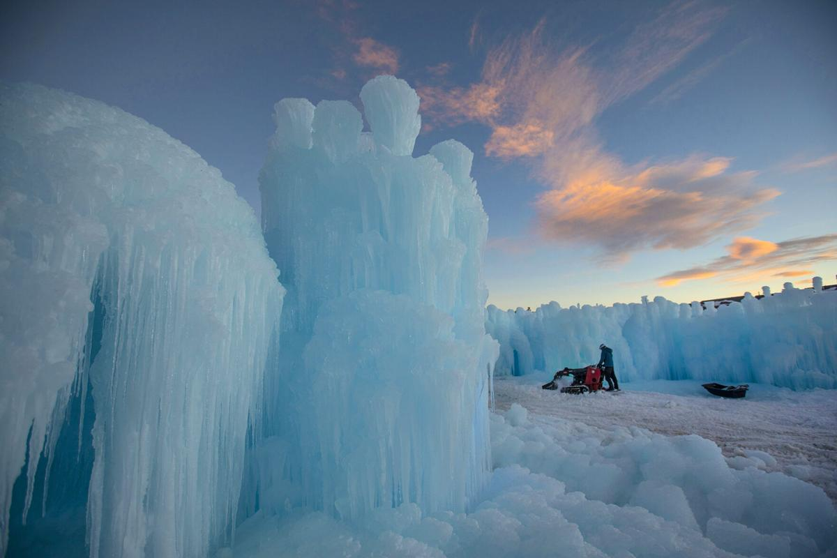 121120-news-ice-castles 1.jpg