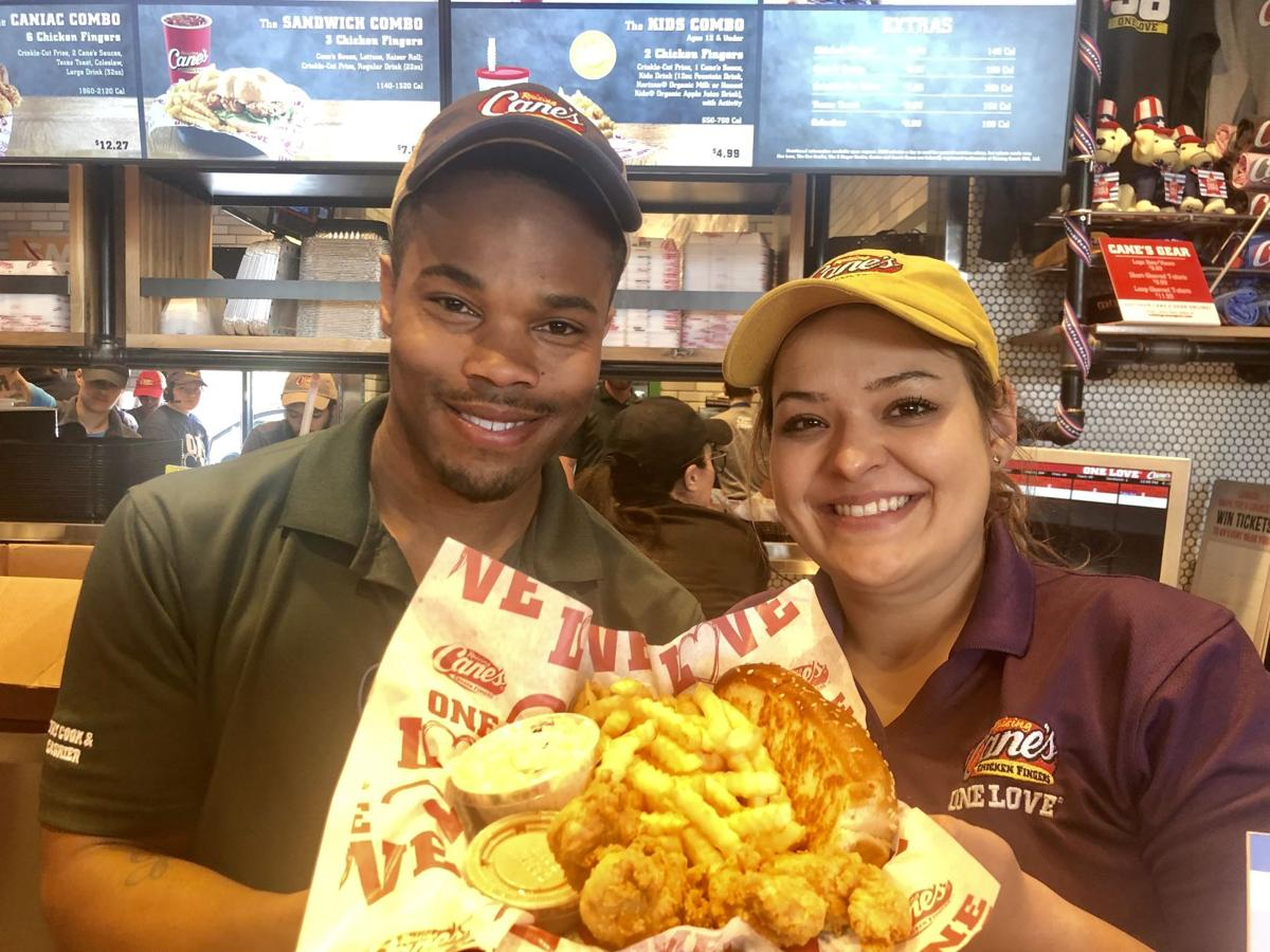 Colorado Springs residents mob new chicken finger eatery