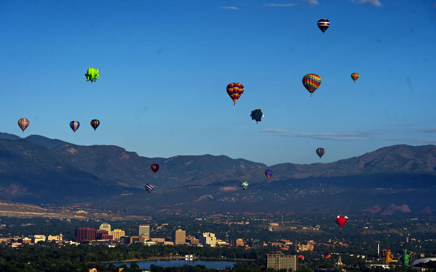 Up, up and away: Hot air balloons pepper Colorado Springs skyline for Labor Day weekend liftoff event (copy)