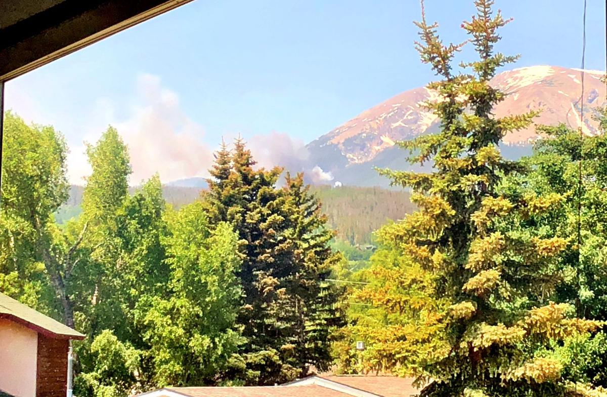 Thirty-acre wildfire breaks out in Summit County