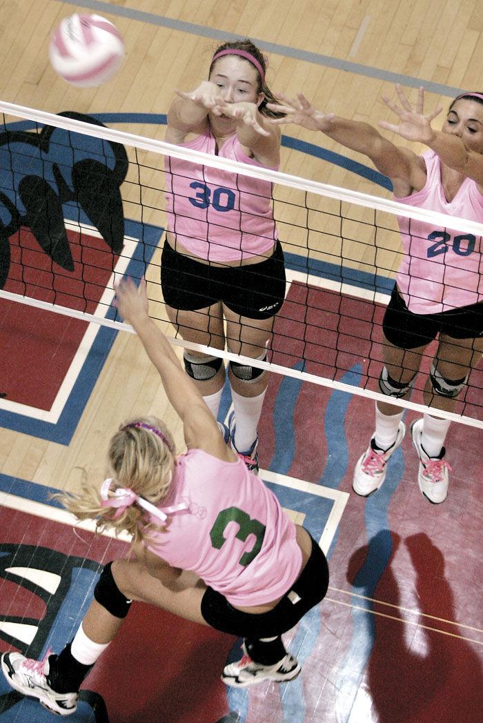 Janesville Parker wins volleyball match at Craig