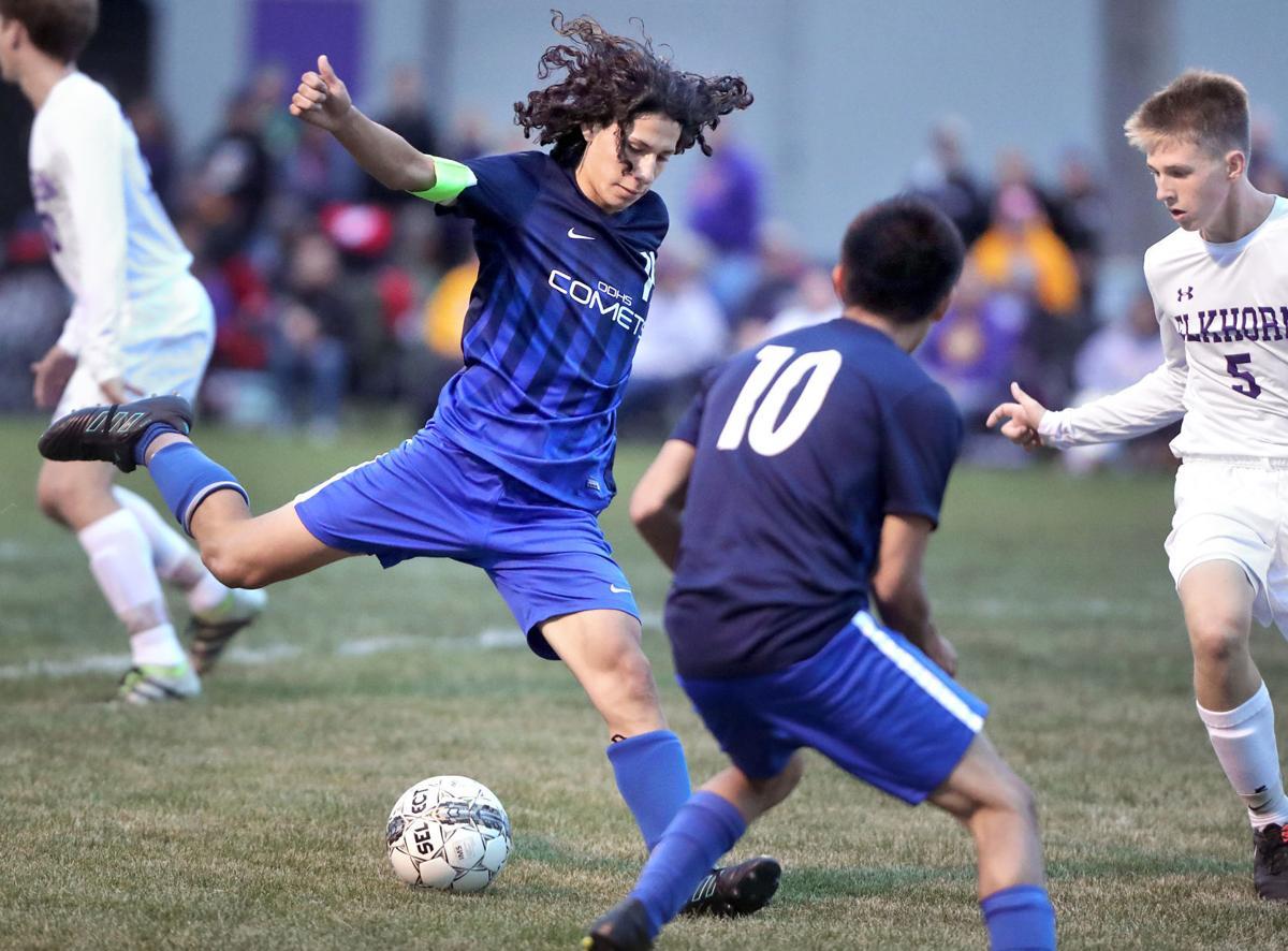 Soccer powers settle for tie