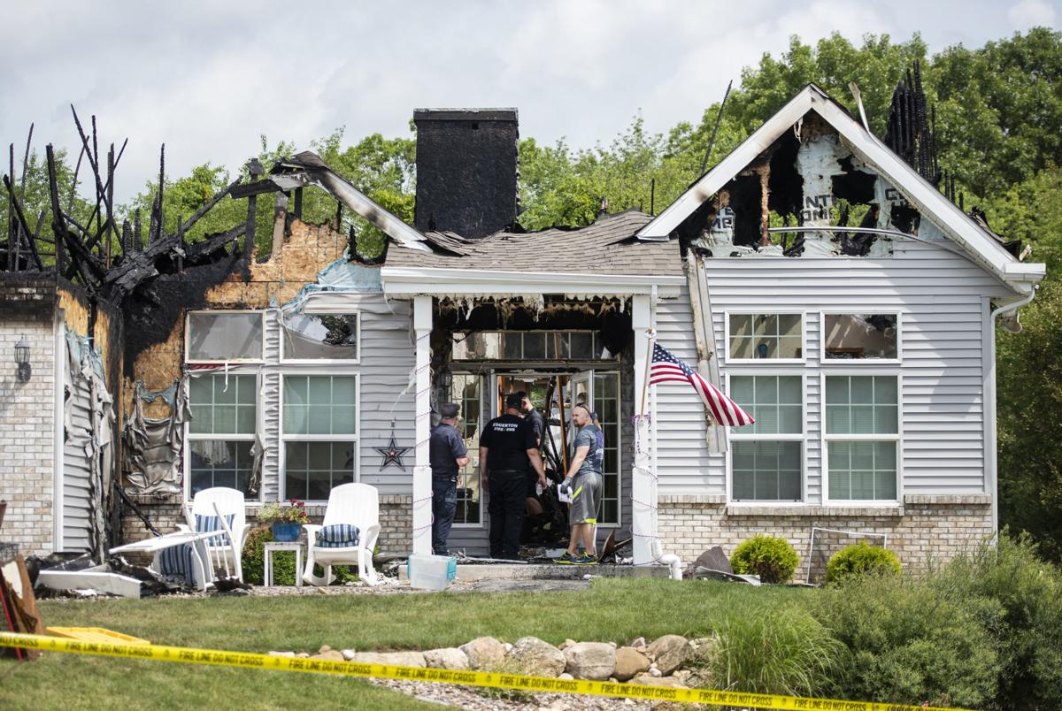 Fire chief: Acts of 'heroism' save sleeping family in town