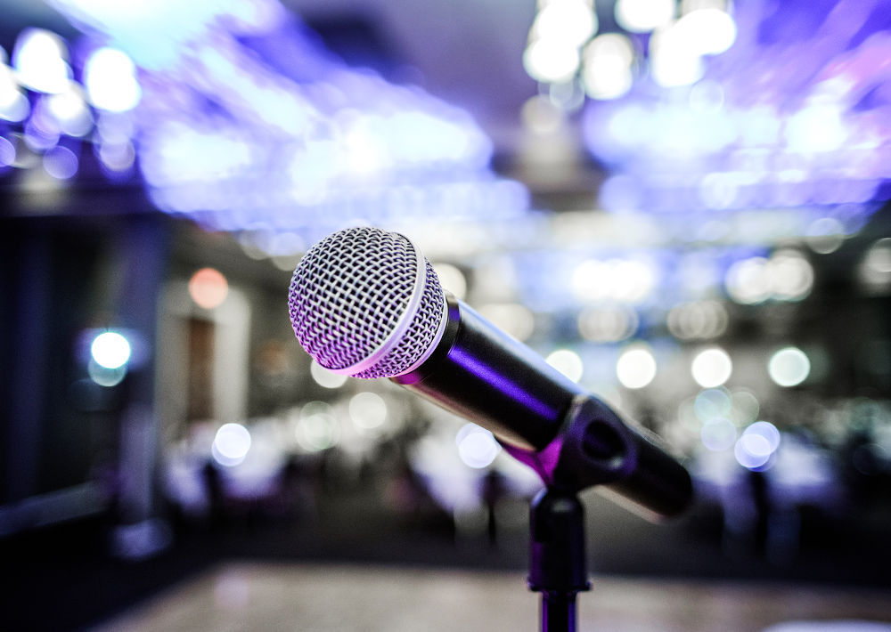 01STOCK_MUSIC_MICROPHONE
