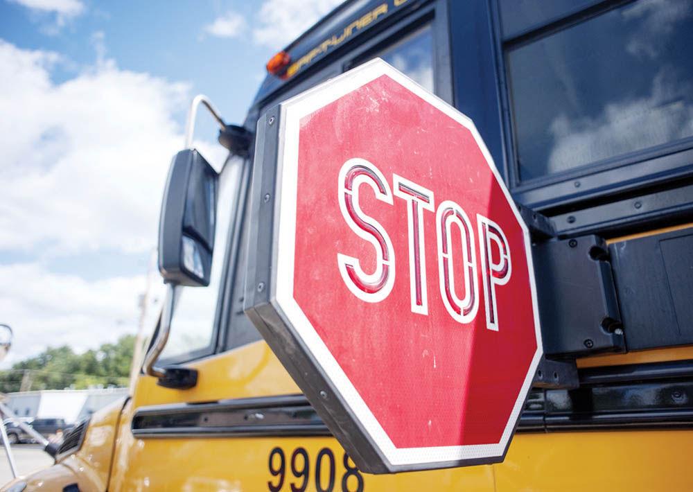01STOCK_SCHOOL_BUS_STOP
