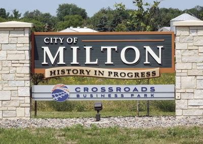 01STOCK_MILTON_SIGN
