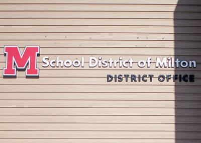 01STOCK_MILTON_SCHOOLS02