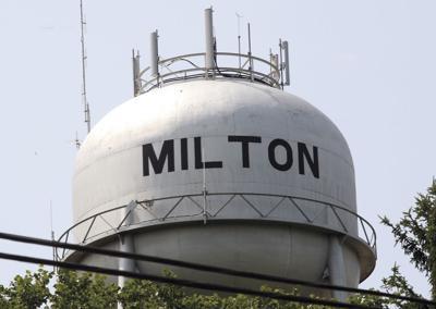 01STOCK_MILTON_WATERTOWER