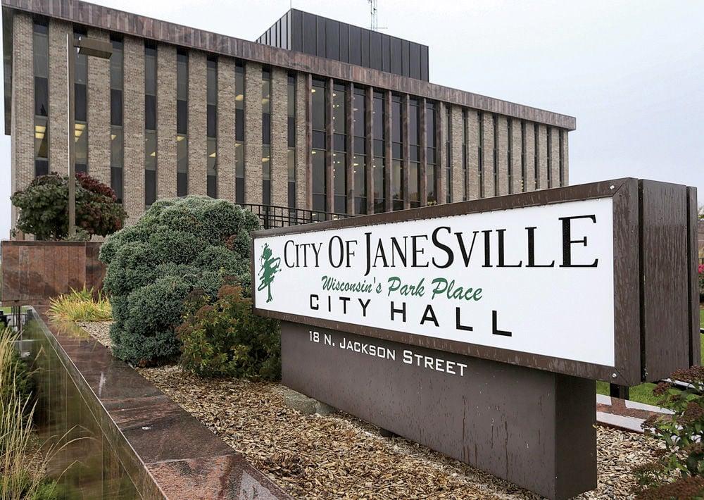 01STOCK_JANESVILLE_CITYHALL