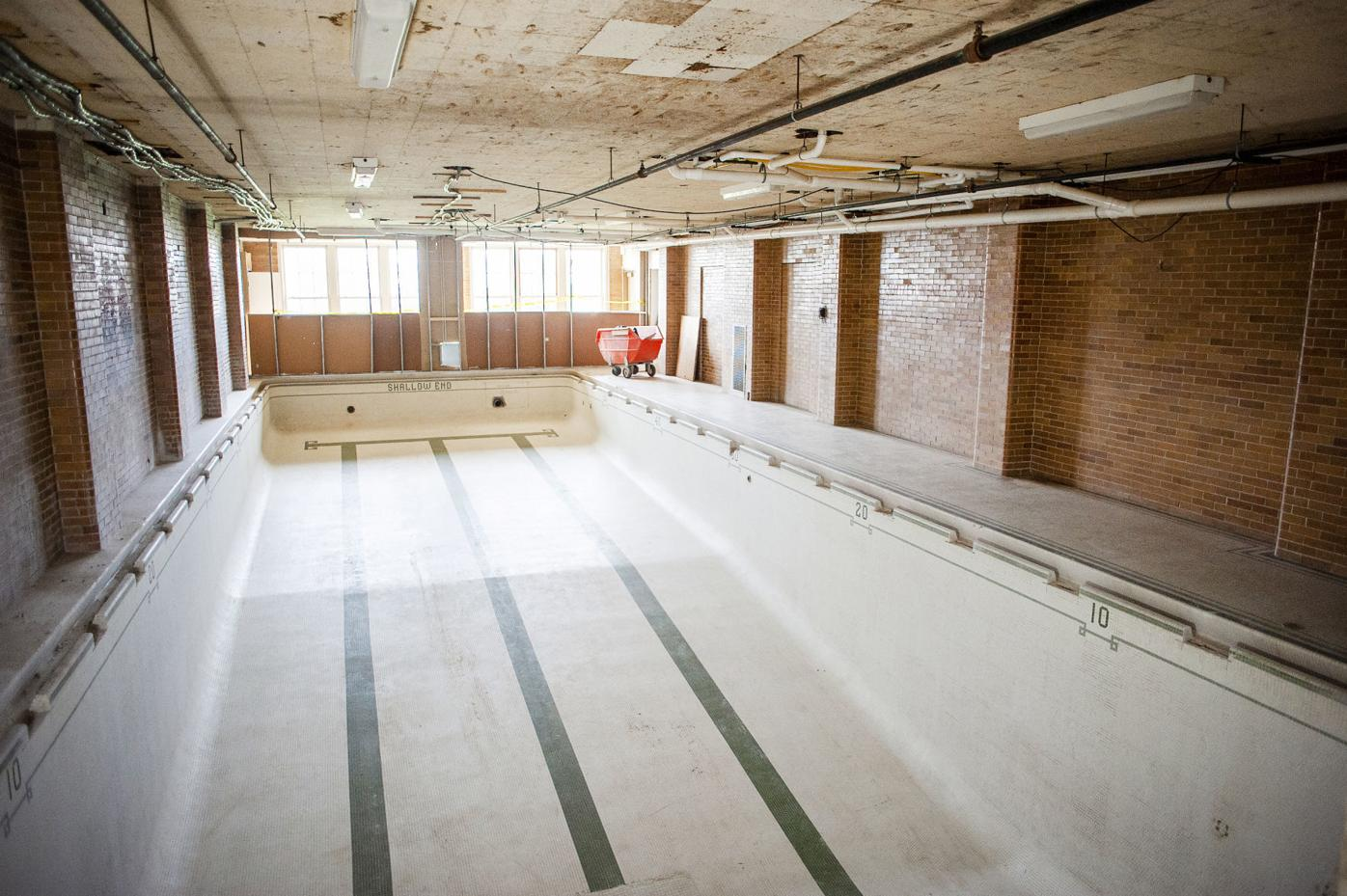 Marshall junior high school janesville wi nude swimming This Time Fully Clothed Former Marshall Middle School Pool Will Have New Use Local News Gazettextra Com