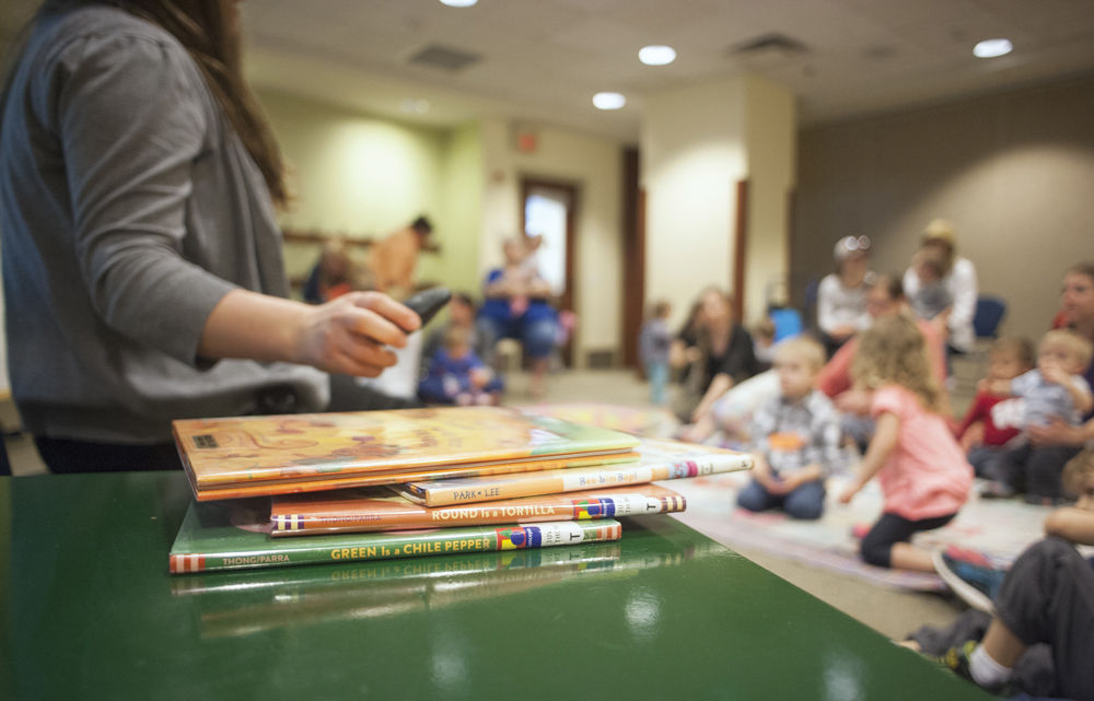 Hedberg Public Library encourages literacy with story time program