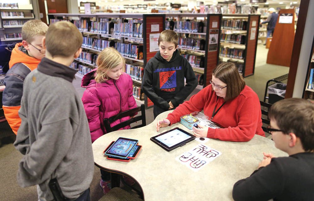 Hedberg Public Library sees ways to stay relevant as community's needs change
