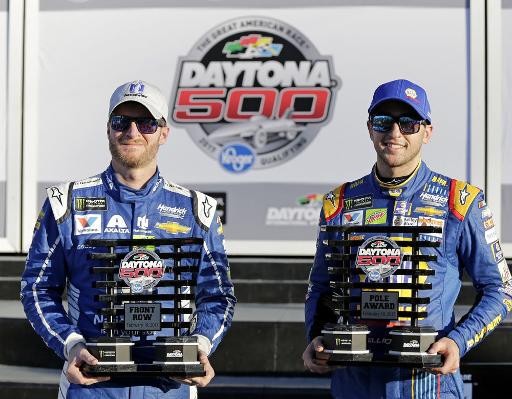 Fuel & Tires: Elliott wins Daytona 500 pole, qualifying races Thursday