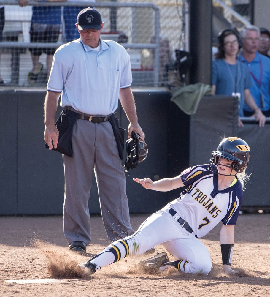 Turner falls in state softball title game