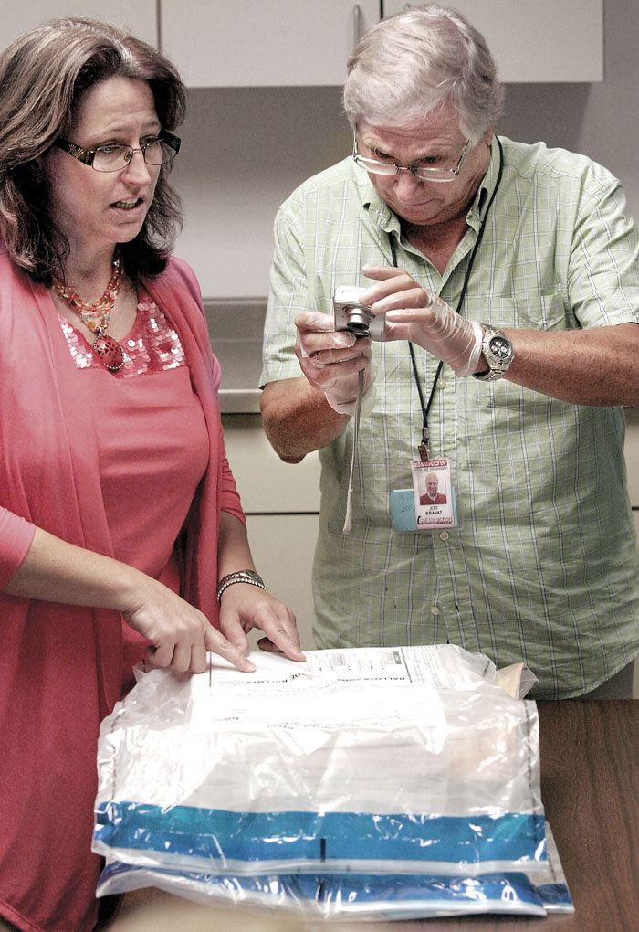 Citizens group auditing statewide recall election results?by hand