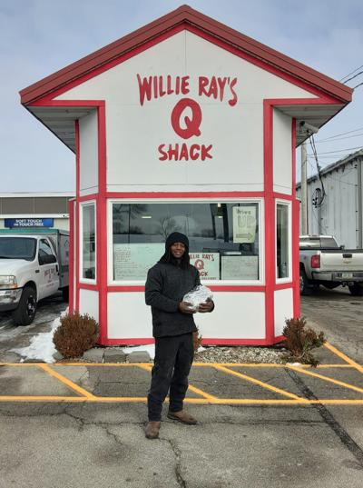 Benndale native's generosity leads title of Cedar Rapids BBQ hero